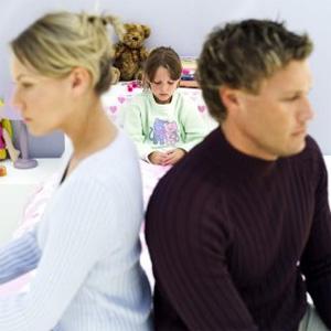 фамилия ребенка после развода родителей